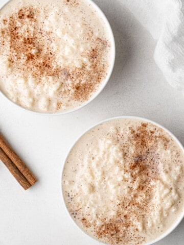 two bowls of instant pot rice pudding